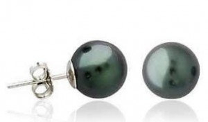 black-pearl-stud-earrings