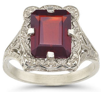 garnet-antique-ring
