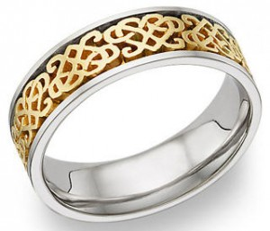 Heart ring - celtic love knot