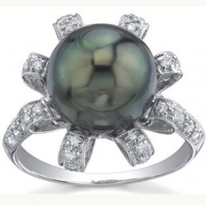 Tahitian Black Pearl and Diamond blossom ring
