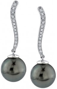 Tahitian black pearl - dangle earrings