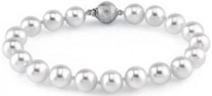 White Freshwater Pearl Bracelet