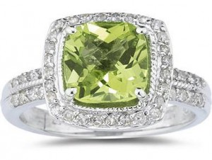 Peridot and diamond ring large