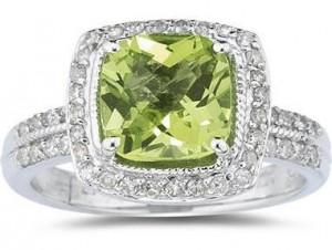 Peridot and diamond ring large