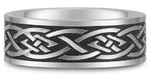 Celtic knot wedding band continuous