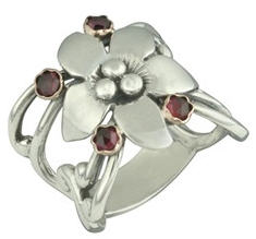 garnet sterling silver flower ring